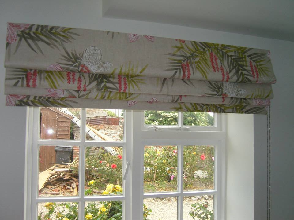 Roman Blind Outside The Recess To Allow Maximum Light Angelinas