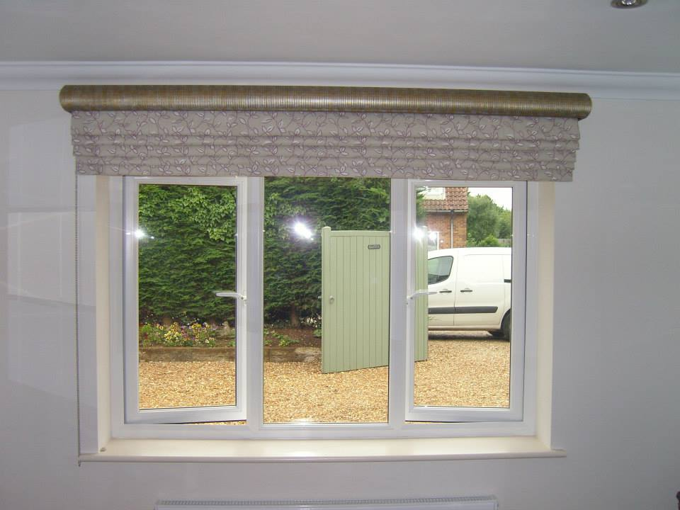 Roman Blind Outside The Recess With Classic Wooden Pelmet