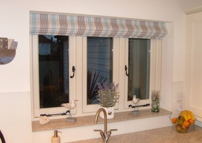 Portfolio angelinas curtains and blinds heacham for Blinds outside recess